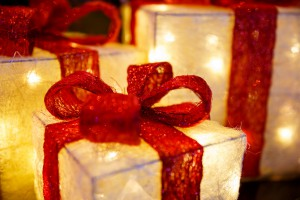 illuminated-christmas-presents